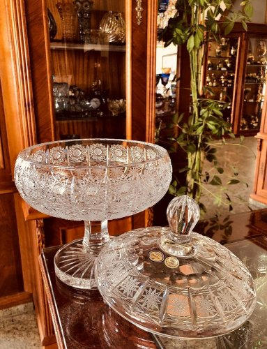 Cut crystal footed bowl - Height 27cm