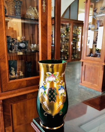 Vase decorated with high enamel - Height 16cm